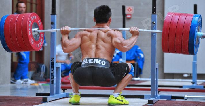 squat Lu Xiaojun.png